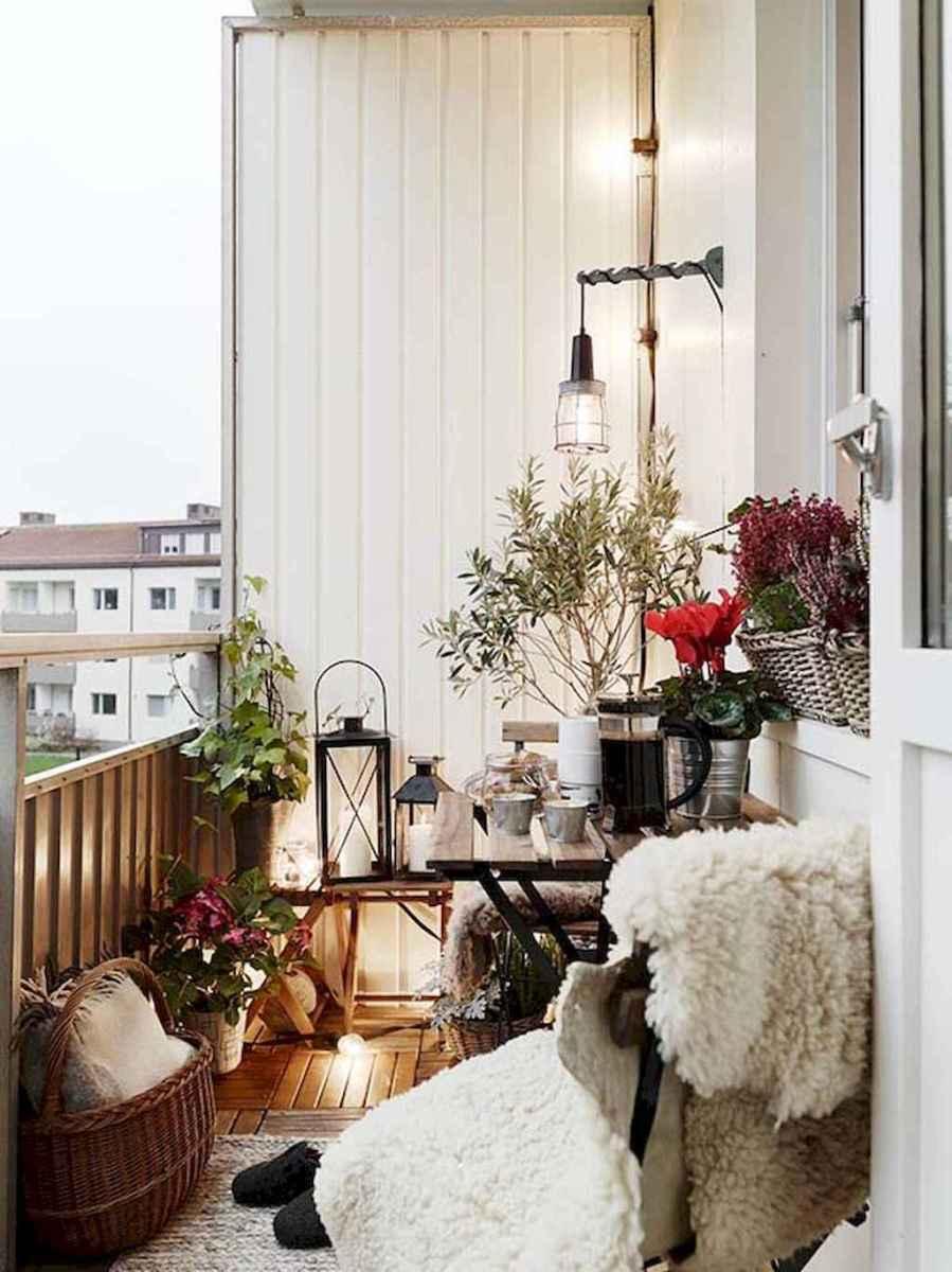 Small balcony decoration ideas (57)