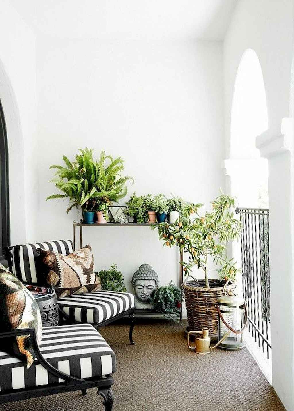 Small balcony decoration ideas (7)