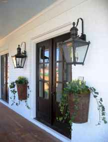 Vintage farmhouse porch ideas (11)