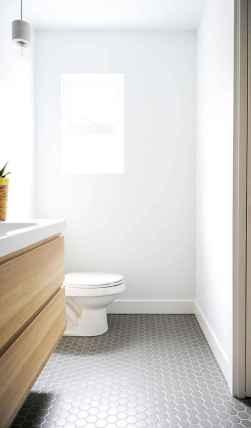Amazing tiny house bathroom shower ideas (40)