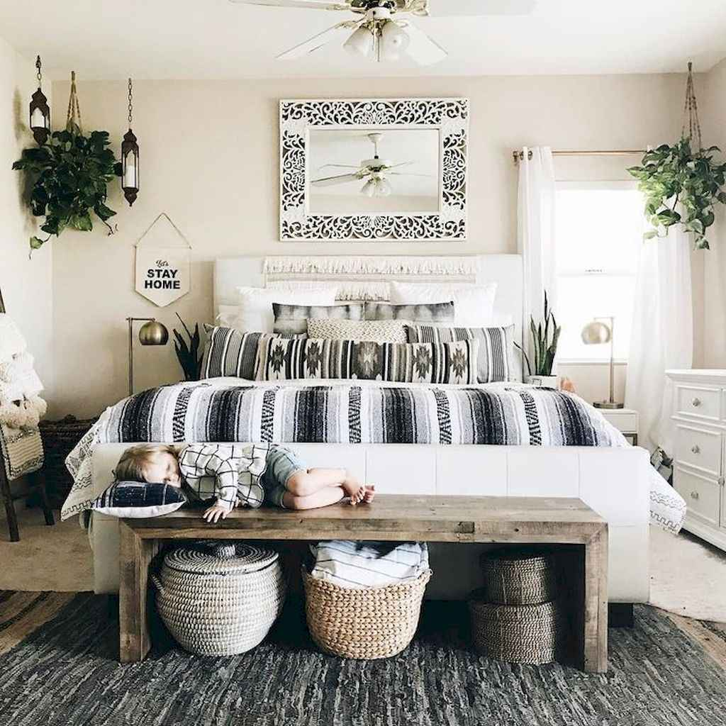 Bohemian style modern bedroom ideas (82)