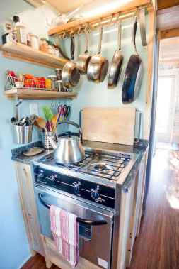 Clever tiny house kitchen decor ideas (14)