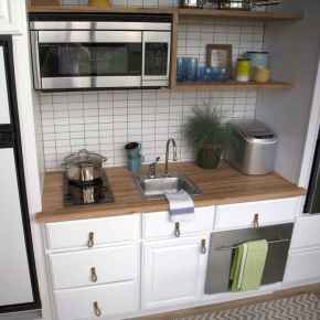 Clever tiny house kitchen decor ideas (58)