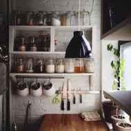Clever tiny house kitchen decor ideas (60)