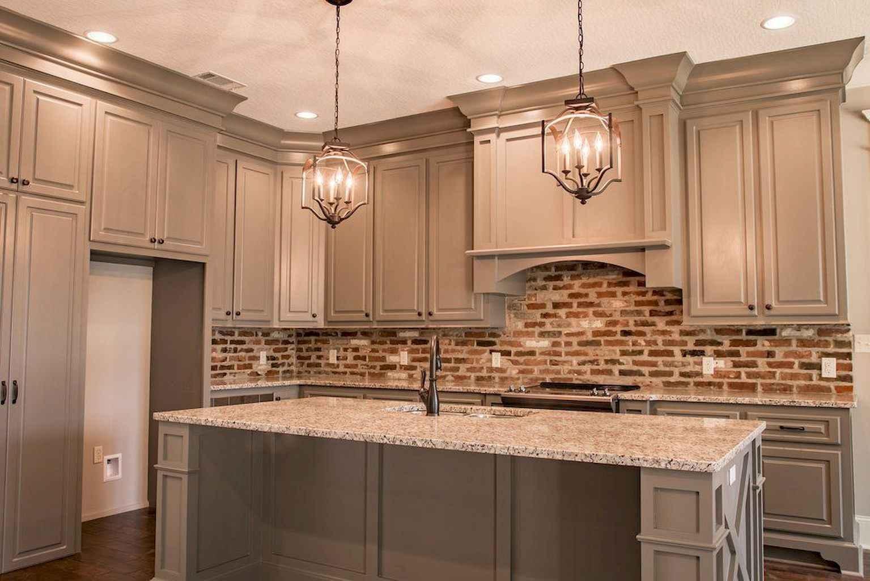 Gorgeous gray kitchen cabinet makeover ideas (57)