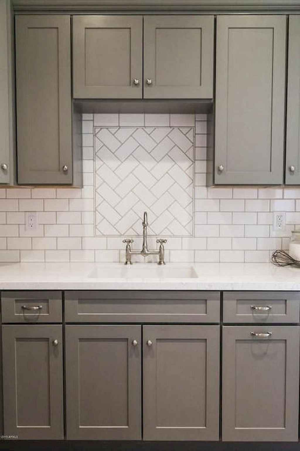 Gorgeous gray kitchen cabinet makeover ideas (79)