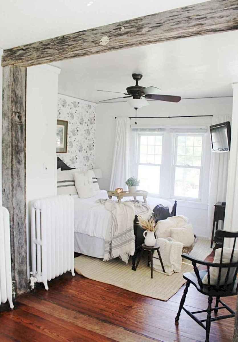 Modern farmhouse style master bedroom ideas (22)