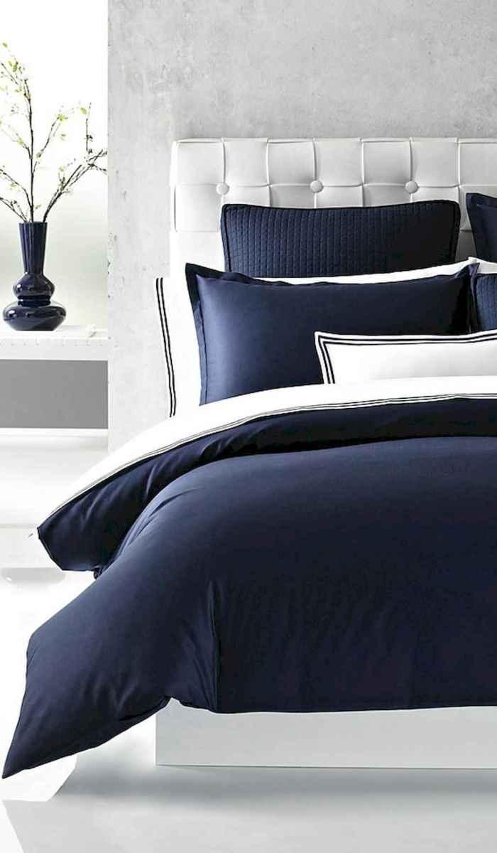 Modern farmhouse style master bedroom ideas (56)