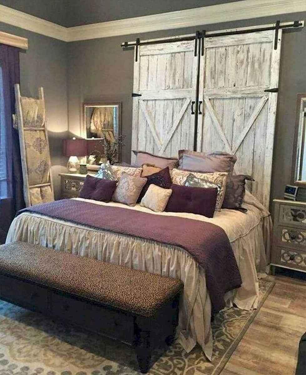 Modern farmhouse style master bedroom ideas (75)