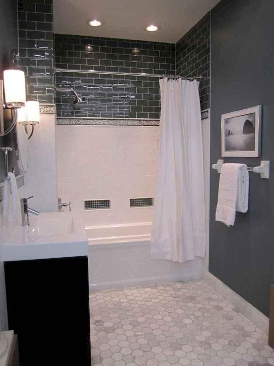 Rustic farmhouse master bathroom remodel ideas (11)