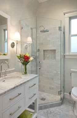 Rustic farmhouse master bathroom remodel ideas (12)