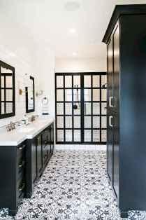 Rustic farmhouse master bathroom remodel ideas (5)