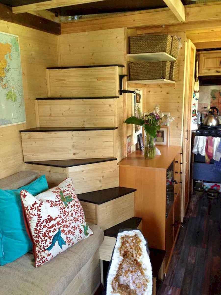 Iny house living room decor ideas (40)