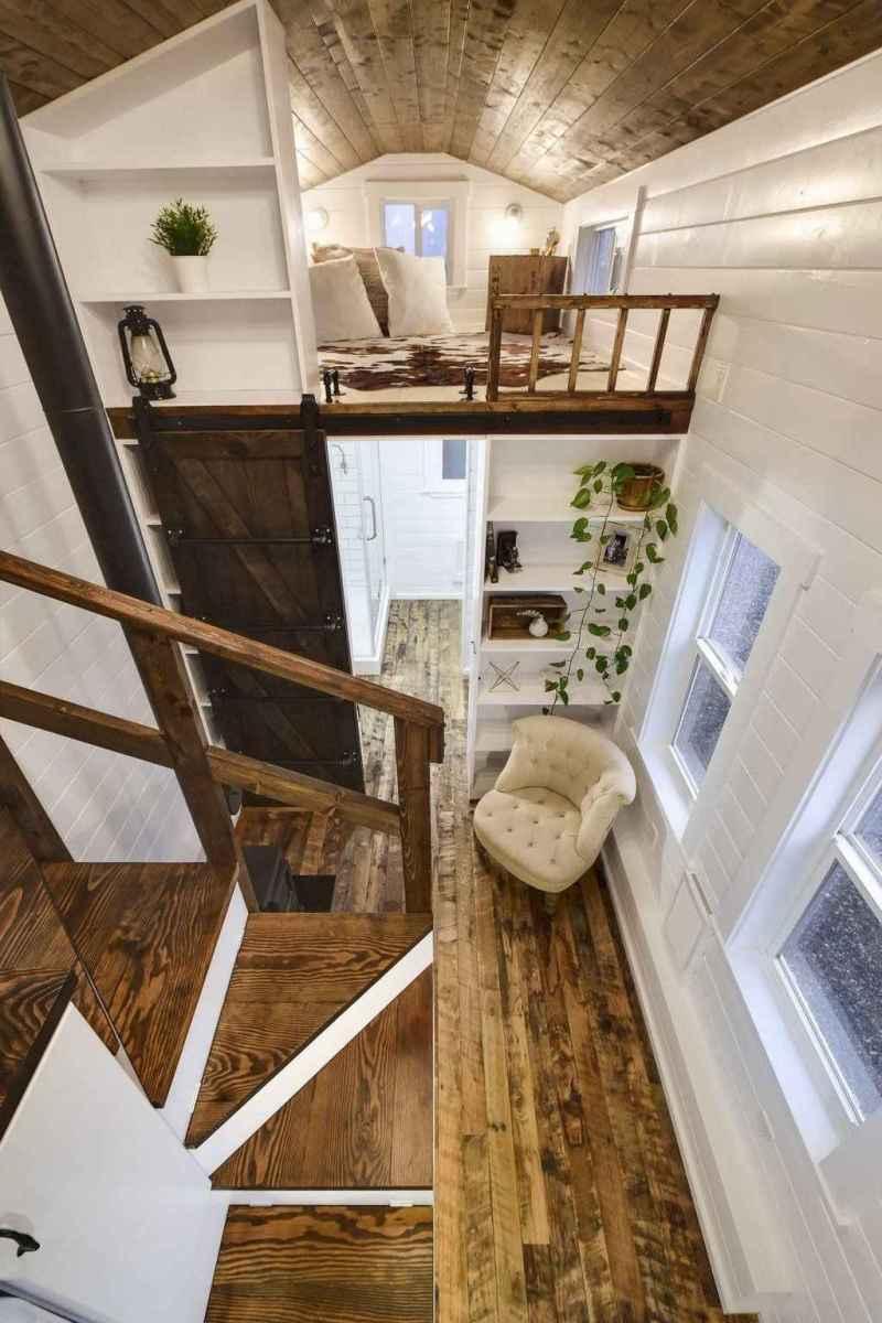 Iny house living room decor ideas (8)