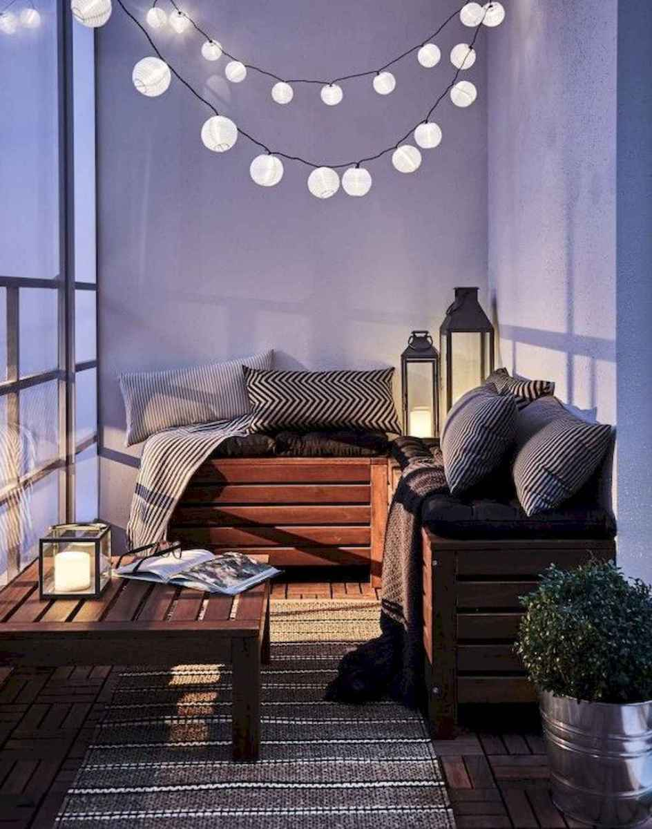 01 cozy apartment balcony decorating ideas