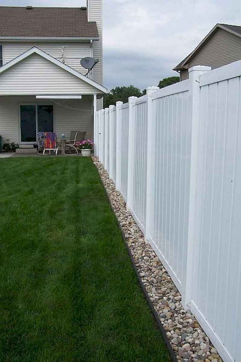 04 easy cheap backyard privacy fence design ideas