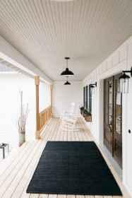 03 gorgeous farmhouse front porch decorating ideas