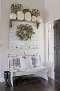 06 stunning rustic entryway decorating ideas