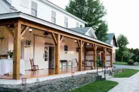 13 gorgeous farmhouse front porch decorating ideas