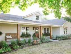 25 gorgeous farmhouse front porch decorating ideas