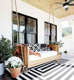 31 gorgeous farmhouse front porch decorating ideas