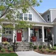 35 gorgeous farmhouse front porch decorating ideas