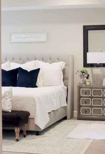 37 beautiful farmhouse master bedroom decor ideas