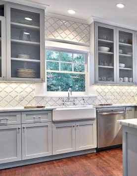 26 elegant gray kitchen cabinet makeover for farmhouse decor ideas
