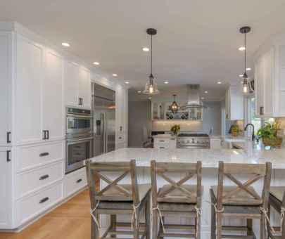 37 elegant gray kitchen cabinet makeover for farmhouse decor ideas