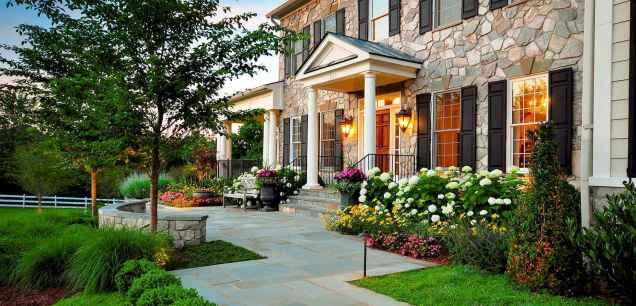 44 beautiful and creative flower bed desgin ideas for garden