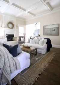 06 cozy farmhouse living room rug decor ideas