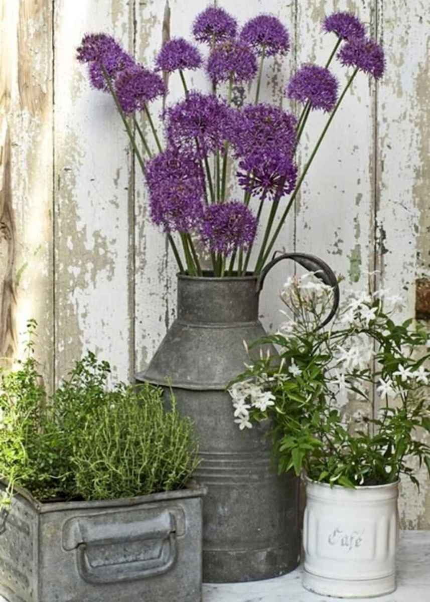 18 beautiful spring front porch decorating ideas