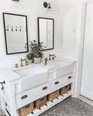 29 beautiful farmhouse bathroom remodel ideas