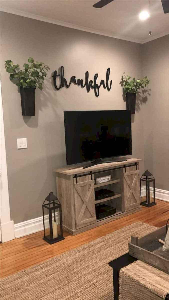 31 cozy farmhouse living room rug decor ideas
