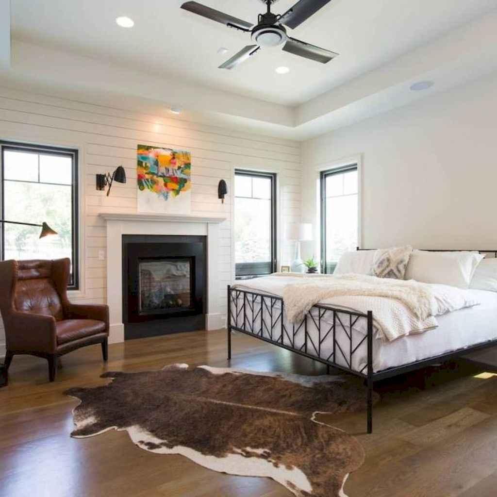 35 cozy farmhouse living room rug decor ideas