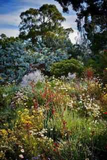 48 stunning front yard cottage garden inspiration ideas