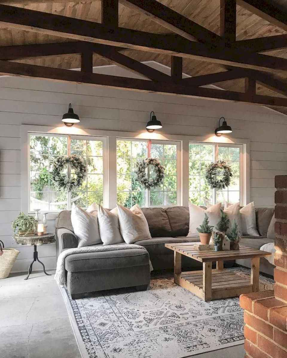 80 cozy farmhouse living room rug decor ideas