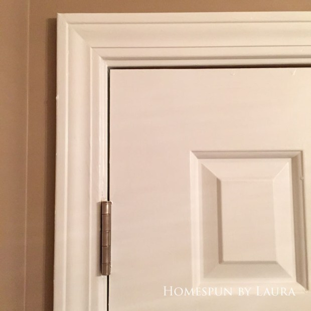 $75 DIY Powder Room (and Pantry!) Update: One Room Challenge Week 3 | Homespun by Laura | Updated hinges with spray paint