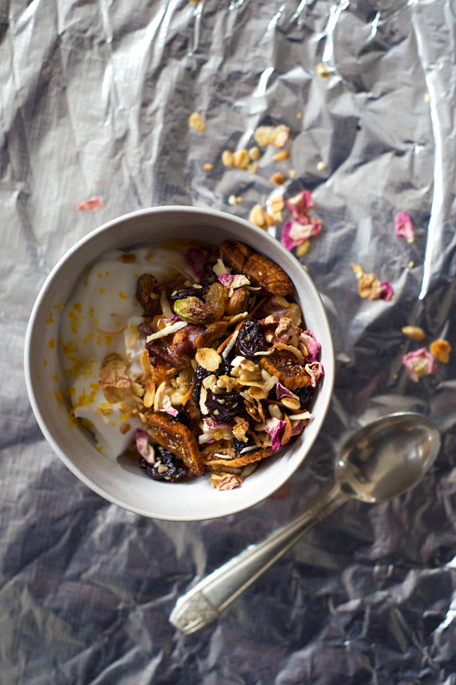 Orange and Rose Muesli with Walnut and Fig | a vegan, gluten free and refined sugar free toasted muesli (granola)
