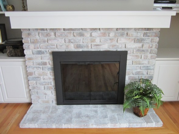 Spray Painting A Fireplace Screen Black Home Staging In Bloomington Illinois