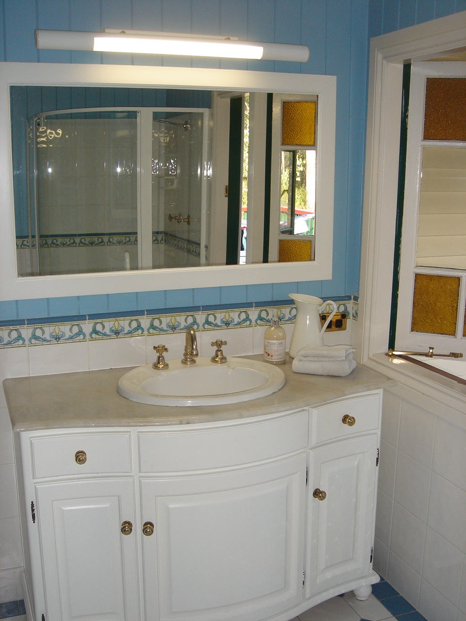 Bathing Beauty How To Stage Your Bathroom To Sell Your House Home Staging Brisbane