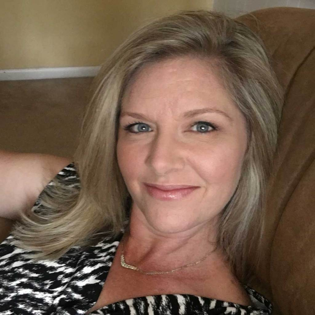 Stephanie, Home Stager - Sell or Dwell
