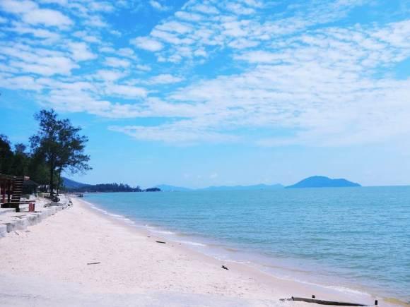 pantai-pasir-panjang-2