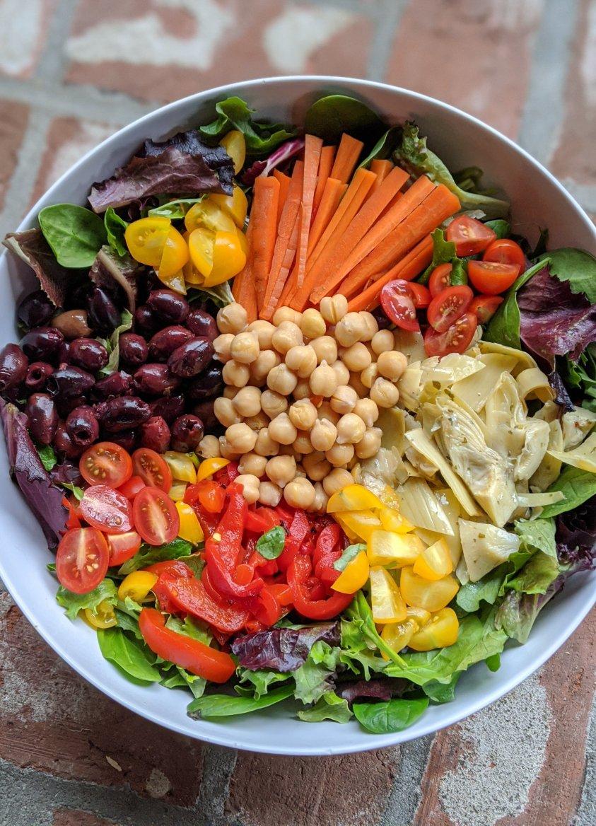 chickpeas olives artichoke hearts lettuce feta carrots tomatoes