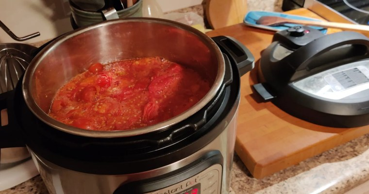 How to Make Tomato Sauce in an Instant Pot or Slow Cooker