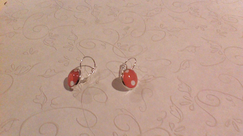 finished earrings red
