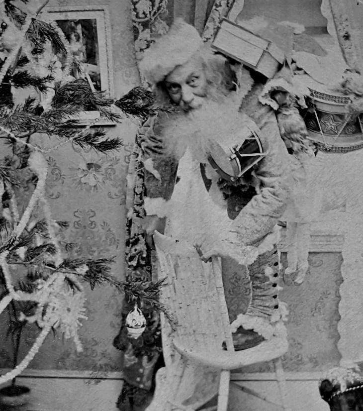 santa-by-tree-sv-1890s