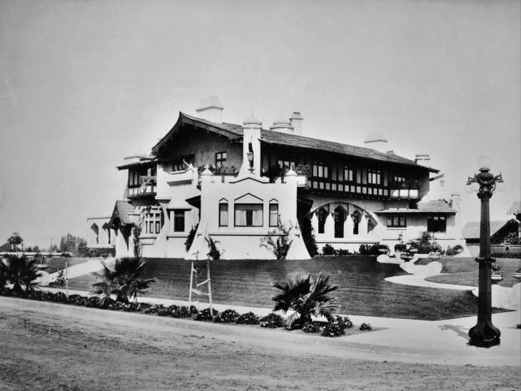 westmoreland-place-elden-p-bryan-house-1910s