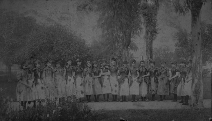 LA Fiesta Queen and Court 1890s