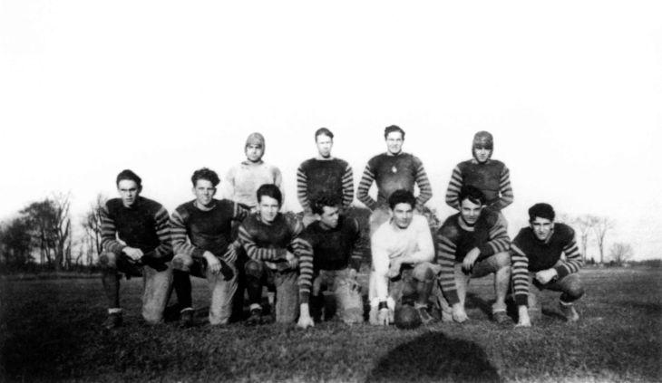 Dummer Academy Football Team ca 1927 99.5.15.312